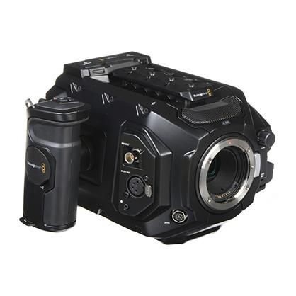 Blackmagic URSA Mini PRO 4.6K EF - Vista lateral 45º